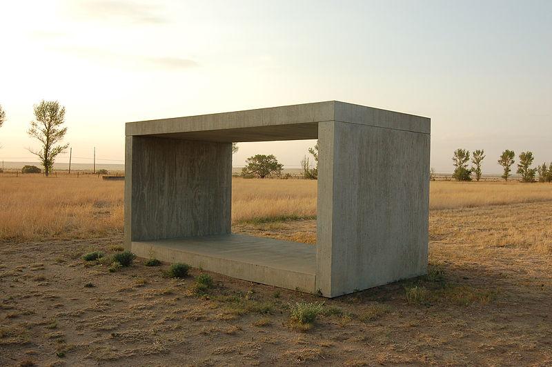 800px-Donald_Judd_Concrete_Blocks
