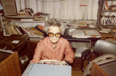 Teresa-Rampazzi-nel-suo-studio