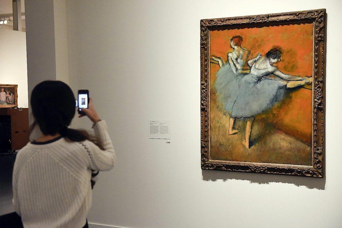 Ballarines-Degas-exhibida-CaixaForum-Impressionistes_1538256219_27789528_1500x1001